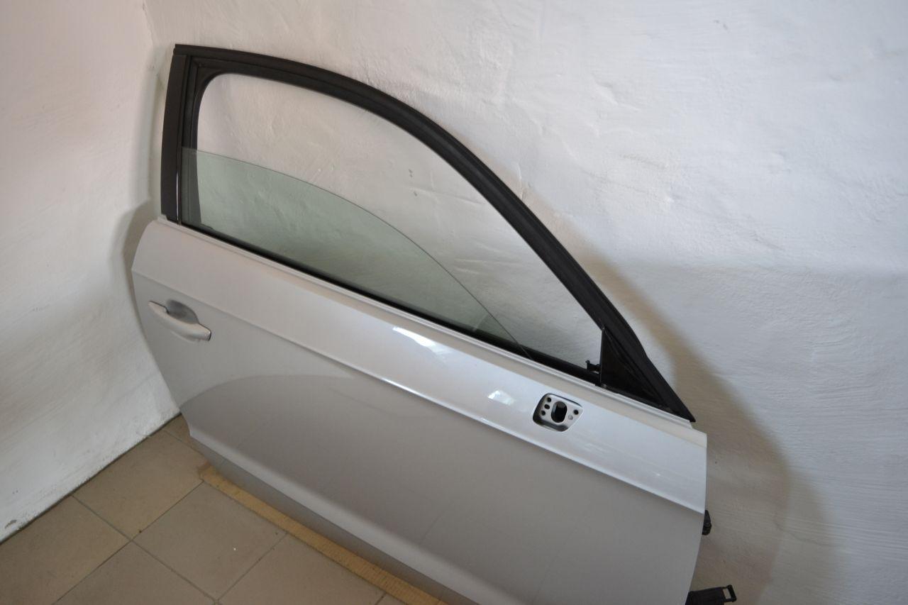 original audi a3 8v t r beifahrert r vorne rechts in lx7w. Black Bedroom Furniture Sets. Home Design Ideas
